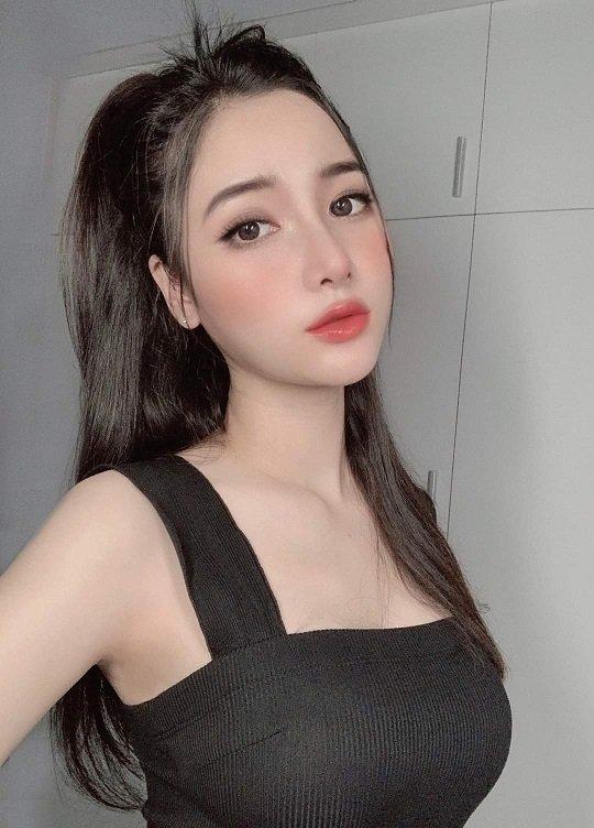 JUDY kl escort